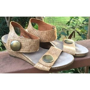Taos Carousel Wedge Sandals